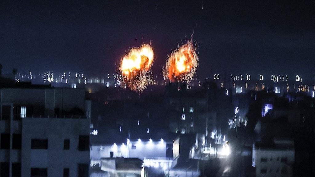 Explosioner i natten