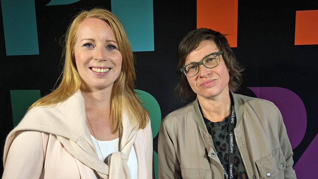 Centerpartiets partiledare Annie Lööf (C) tillsammans med Sveriges Radios Cecilia Strömberg.