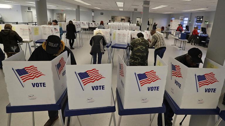 Röstningslokal i USA inför primärvalen.