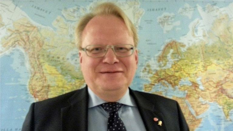 Peter Hultqvist, försvarsminister. Foto: Ensi Ukkola/Sveriges Radio