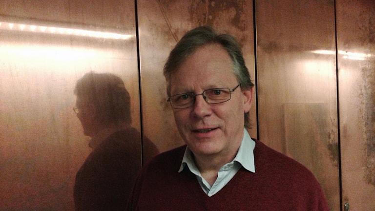 Lars-Göran Uddholm var räddningsledare vid den stora skogsbranden i Västmanland. Närbild. Foto: Lena Wiktorin/Sveriges Radio