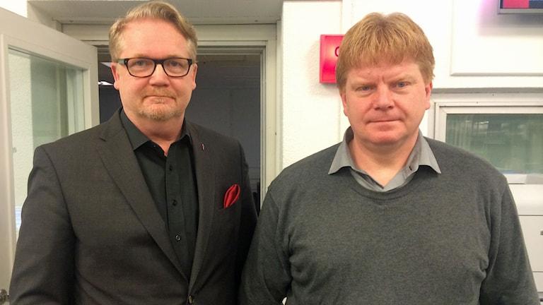 Christer Pedersen, kommunikationsdirektören på Statens institutionsstyrelse och Thord Jansson, ordförande Statsanställdas fackförbund ST. Foto: Hanne-Li Lundmark/Sveriges Radio.