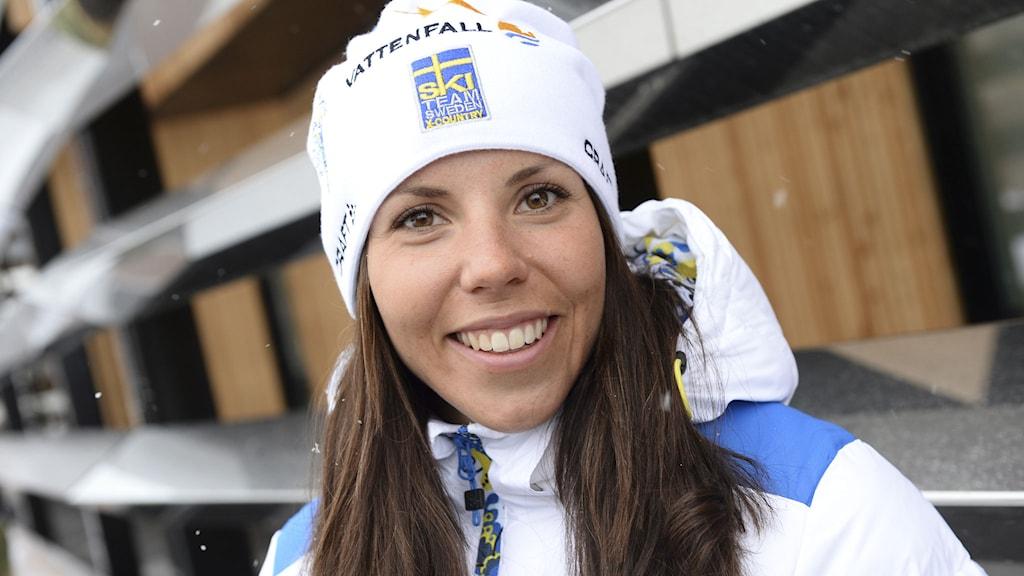Charlotte Kalla på måndagens pressträff under skid-VM i Falun 2015. Foto: Fredrik Sandberg/TT