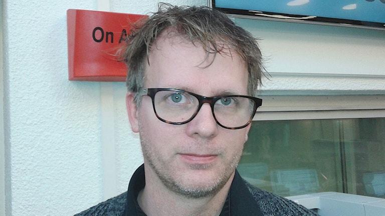 Anders Dalsbro, redaktör på tidskriften Expo. Foto: Lena Wiktorin/Sveriges Radio
