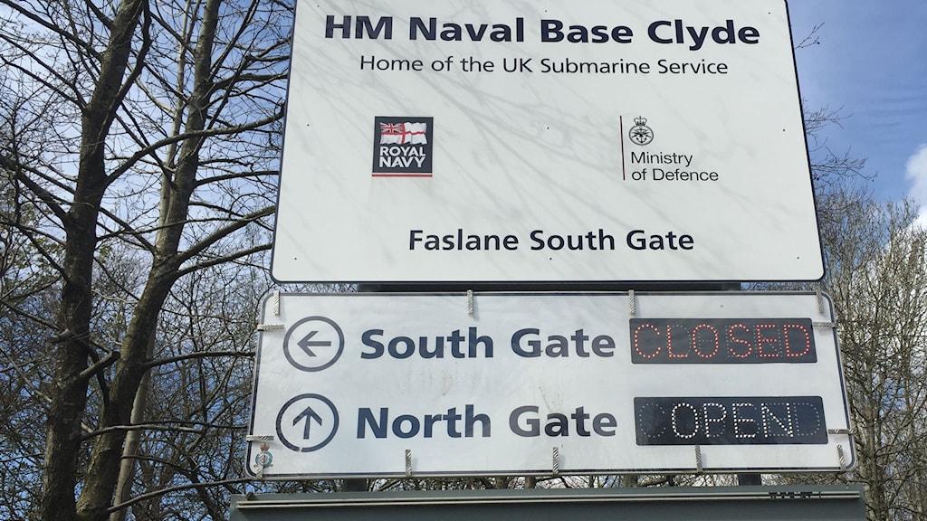 Faslane, basen för den brittiska flottan av kärnvapenbestyckade ubåtar. Foto: Staffan Sonning/Sveriges Radio.
