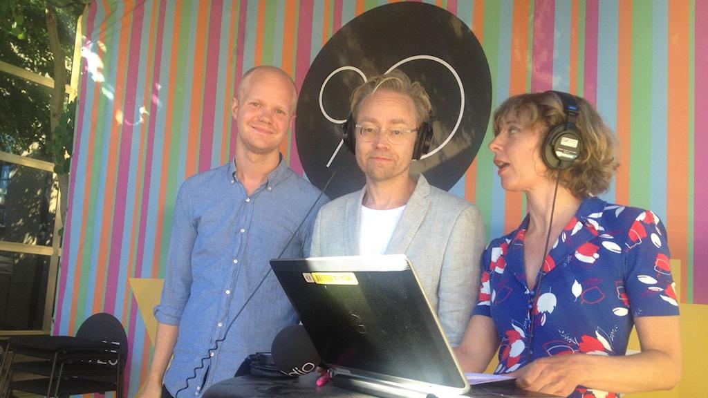 Adam Westin, Fredrik Furtenbach och Katherine Zimmerman på SR-scenen i Almedalen.