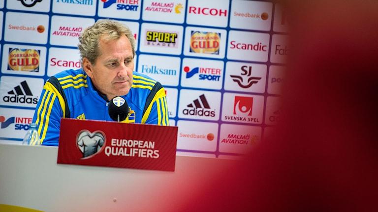 Erik Hamrén på presskonferens