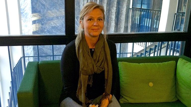 Näthandbokes huvudförfattare Maria Scgillaci, pskolog vid Rädda Barnen. Foto: Helena Ulander/Sveriges Radio.