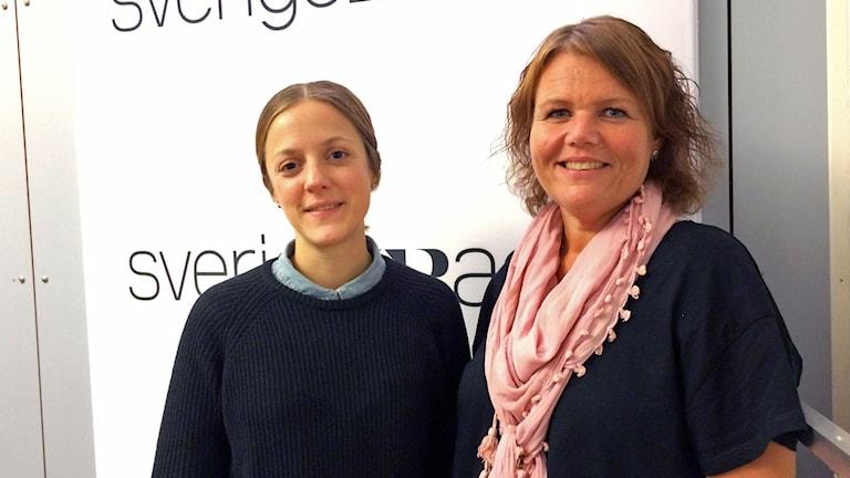 Nina Weitz och Linda Thulin i P1-morgon studion. Foto: Sveriges Radio