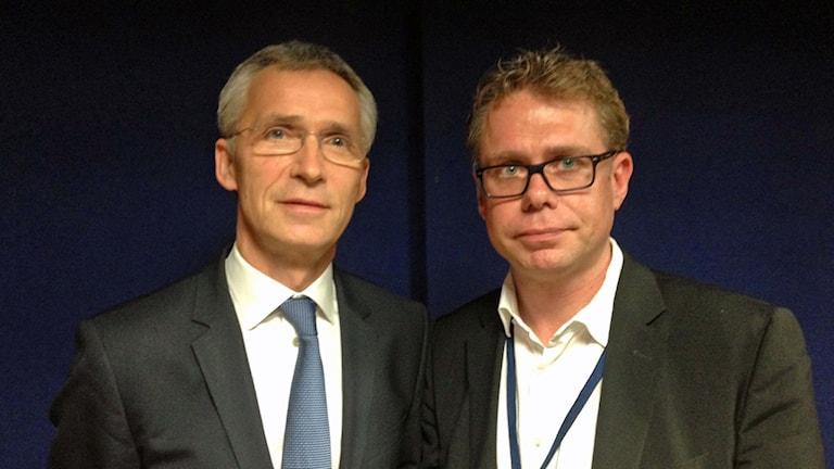 två män i slips och kostym bredvid varandra. Foto: Sveriges Radio