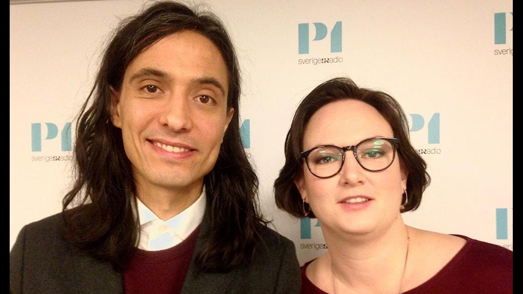 Augustprisvinnarna Jonas Hassen Khemiri och Jessica Schiefauer. Foto: Ausi Petrelius/Sveriges Radio