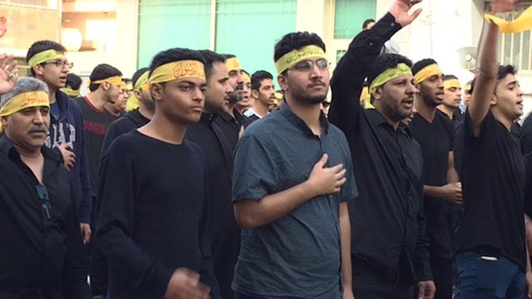 Shia procession i Qatif på profetens dödsdag. Foto: Cecilia Uddén/Sveriges Radio.
