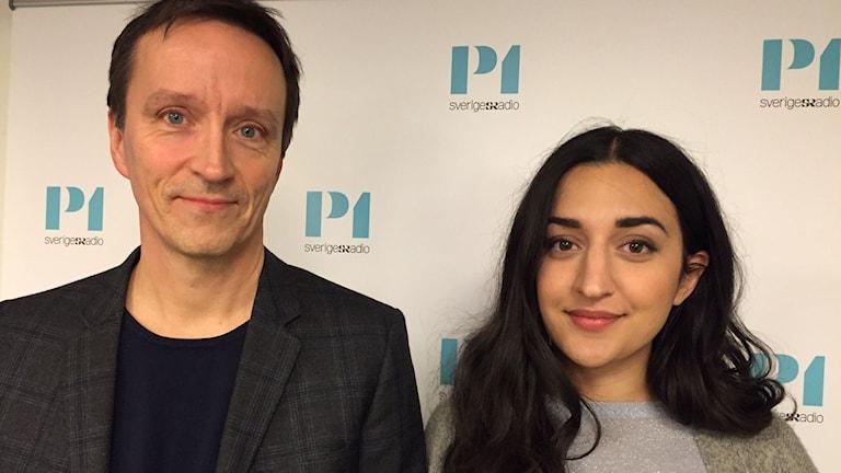 Fredrik Sahlin och Parisa Amiri, programledare för Babel Bio i SVT. Foto: Lotta Jinde/Sveriges Radio.