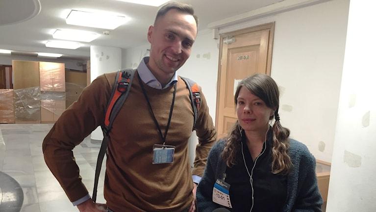 Michał Krzymowski, journalist på Newsweek Polska och författare till den senaste boken om Jaroslaw Kaczynski med Sveriges Radios korrespondent Thella Johnson. Foto: Milena Drzewiecka