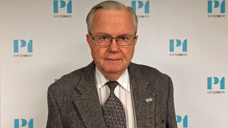 Hans Corell, tidigare rättschef FN, en av grundarna till den Internationella Brottmålsdomstolen. Foto: Helena Ulander/Sveriges Radio.