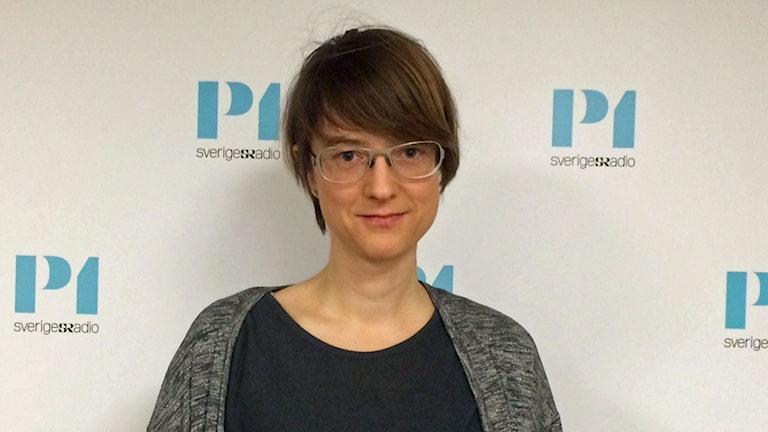 Sonja Löfmark, utredare och mikrobiolog på Folkhälsomyndigheten som jobbar med internationella frågor inom antibiotikaresisetens.