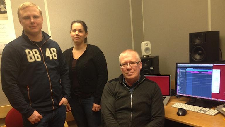 Ljudforskarna(fr v) Johan Fagerlönn, Anna Sirkka och Stefan Lindberg vid Interactive Institute Swedish ICT i Piteå.