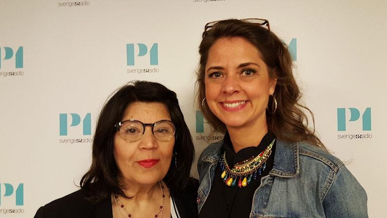 Jila Mossaed poet och Rebecca Forsberg, regissör och dramatiker.