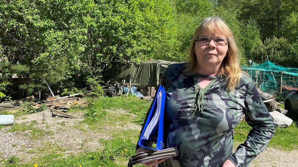Anne-Lise Hansen vid sitt hem utanför Strömstad.
