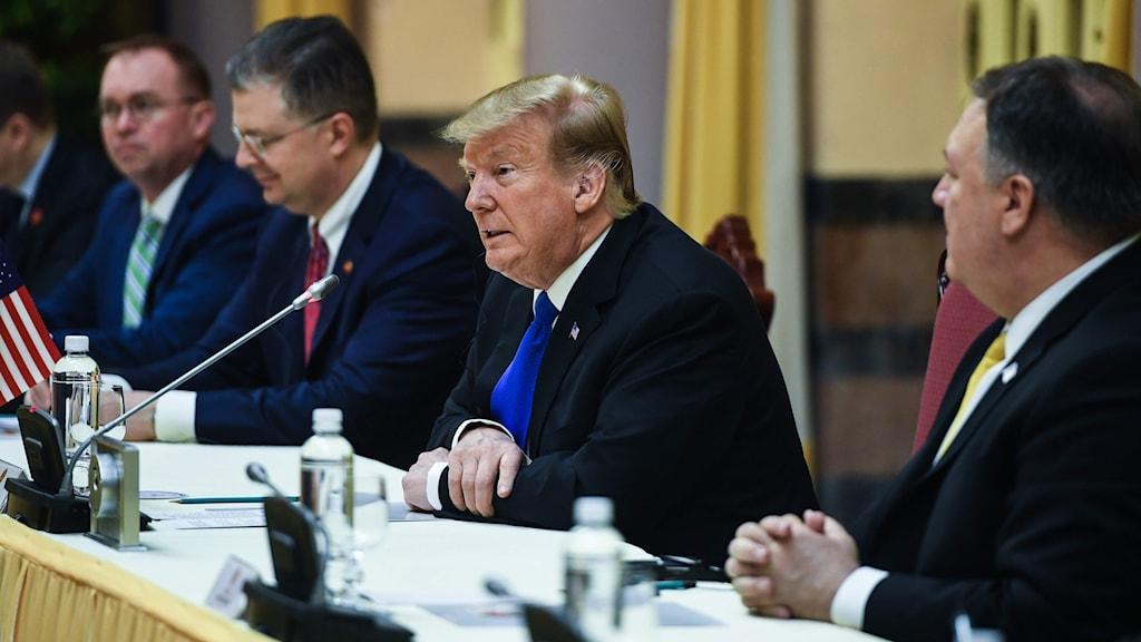 •I dag sätter sig USA:s president Donald Trump och Nordkoreas diktator Kim Jong-Un ansikte mot ansikte då toppmötet mellan deras två länder sätter igång.