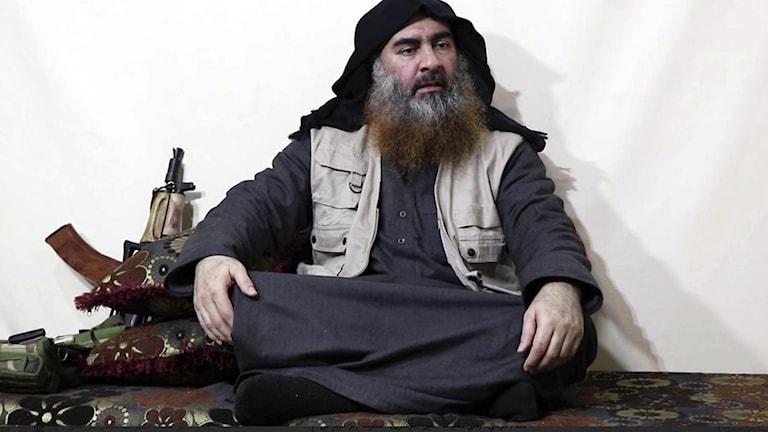 IS-ledaren Abu Bakr al Baghdadi dog i ett räd.