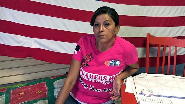 Yolanda Varona deporterades för sex år sedan och hoppas att den nya presidenten kommer genomföra en migrationsreform. Hon tycker att Hillary Clinton är det bästa alternativet av två dåliga.
