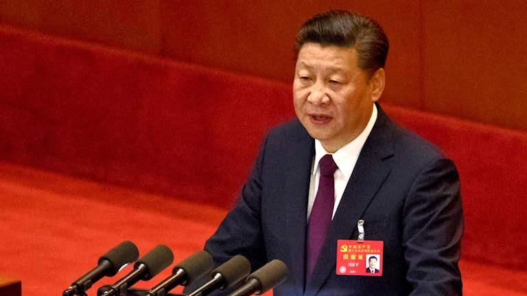 Kinas president Xi Jinping under sitt inledningstal i Peking.