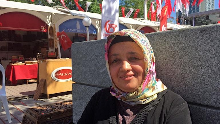 Nurşen Kalaycı har kommit till Istanbuls Taksim-torg för att minnas kuppnatten och hedra de som dödades under natten.