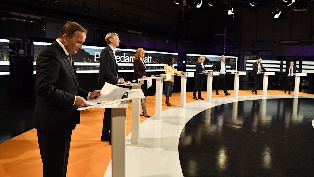 Sveriges partiledare uppställda inför söndagens debatt i SVT Agenda.