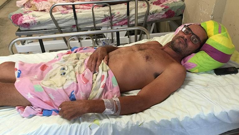 46-årige Edilson Gomes da Silva i brasilianska Recife har drabbats av Guillain-Barré