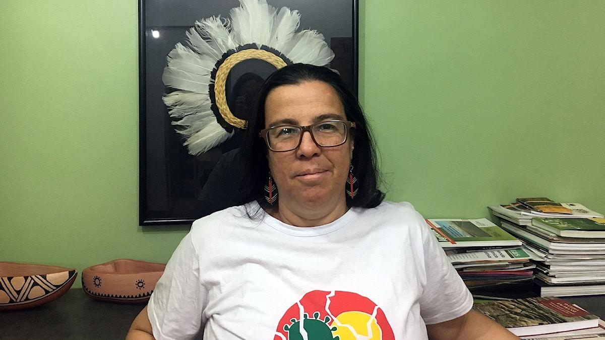 Andrea Ramos arbetar på miljöorganisationen ISA i Brasilia. Hon är orolig för att regeringen kommer försöka utöka gruvdriften i Amazonas.