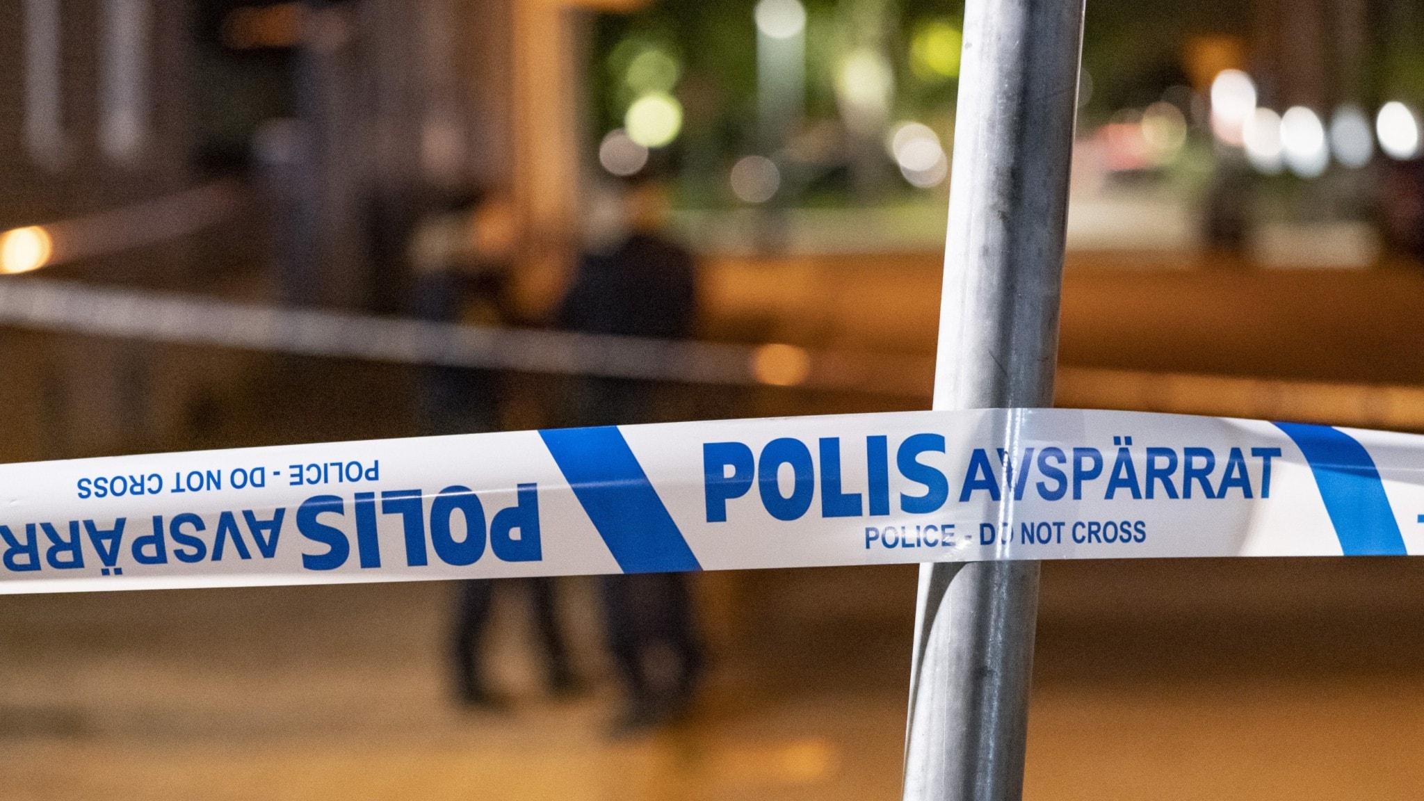 Allt fler personer vårdas för skott- och knivskador i Sverige