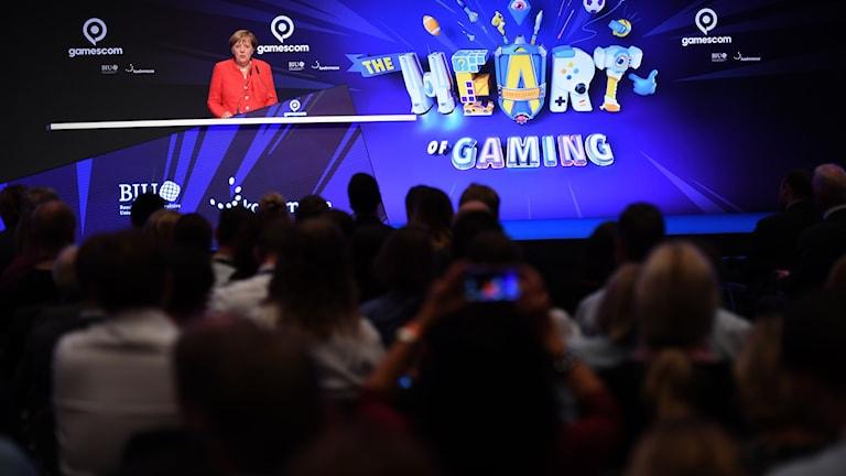 Angela Merkel vid öppningsceremonin av Gamescom.