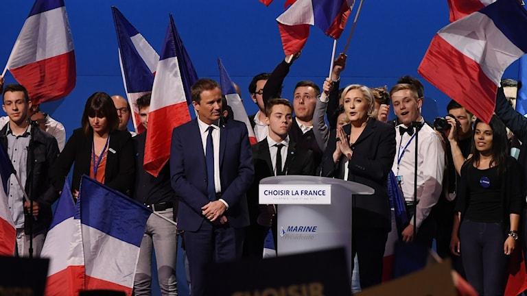 Marine Le Pen valspurtar inför sista delen av det franska presidentvalet.