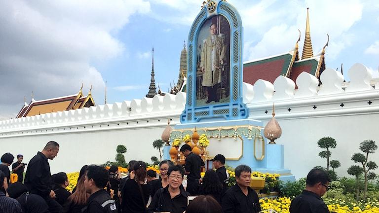 Thailand begraver kung Bhumbibol.