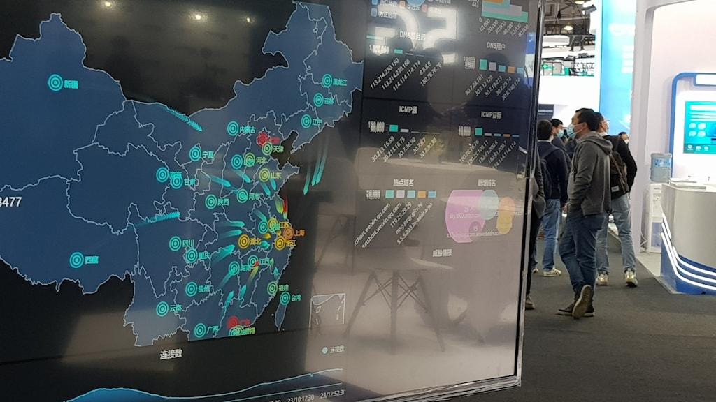"""Kina är med bred marginal världens största konsument av halvledarkomponenter, så kallade """"chip"""", men importerar det mesta från utlandet."""