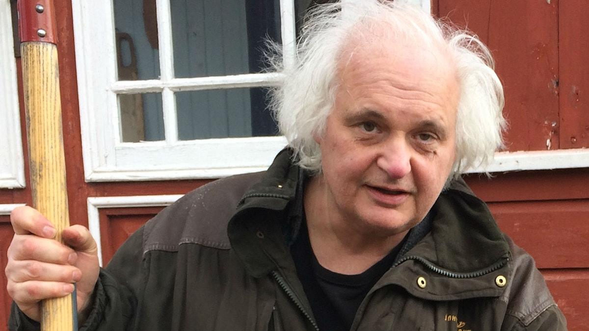 Göran Greider har skrivit en trädgårdsbok