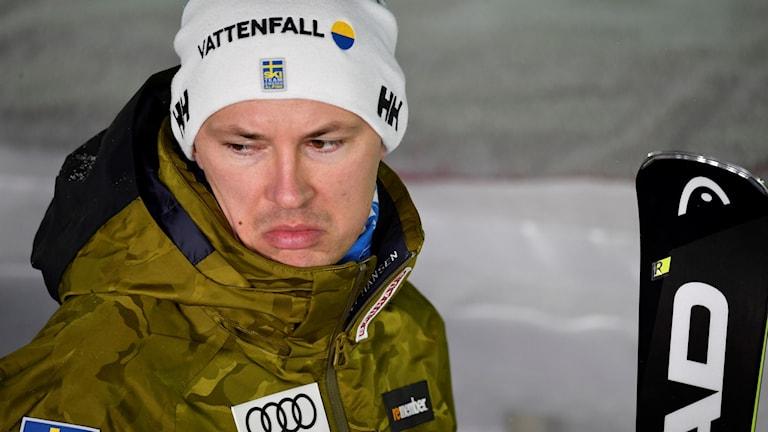 André Myhrer efter att Sverige blivit utslagna mot Schweiz i kvartsfinalen under tisdagens lagtävling vid alpina VM i Åre 2019.