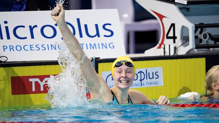 sophie hansson tog brons på 50 meter bröstsim på kortbane-em i köpenhamn.