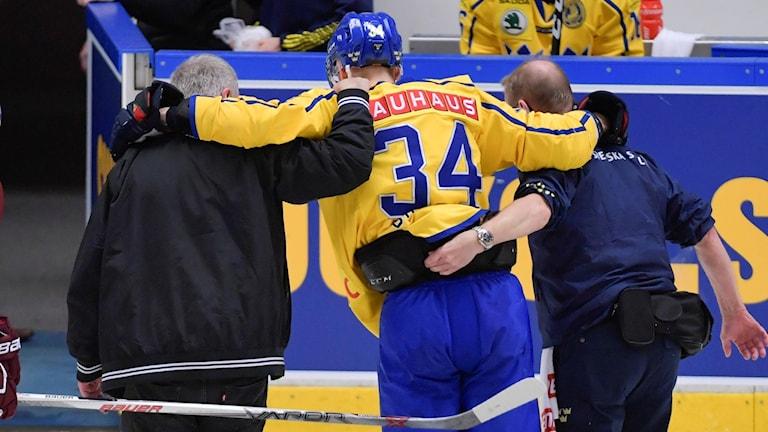 Daniel Brodin tvingades bryta Tre Kronors match mot Lettland.
