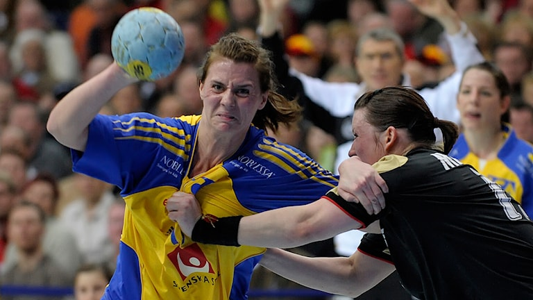 Arkivfoto: Sveriges Linnea Torstensson, handboll. Foto: AP Photo/Eckehard Schulz/Scanpix