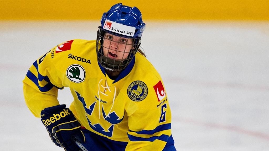 Lina Bäcklin.