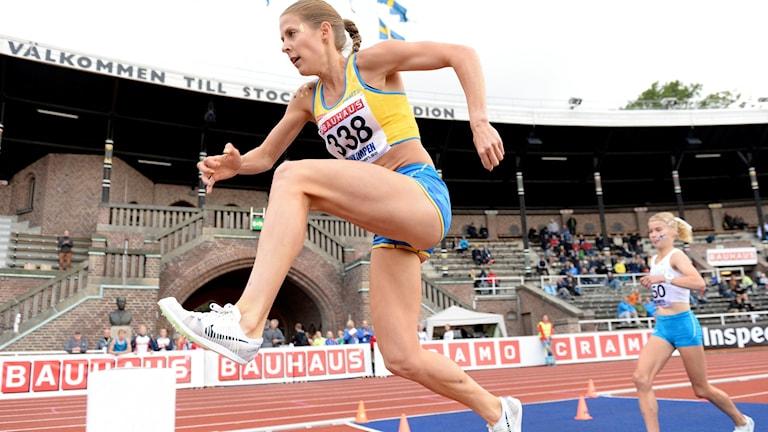 Charlotta Fougberg tävlar på 3000 meter hinder.