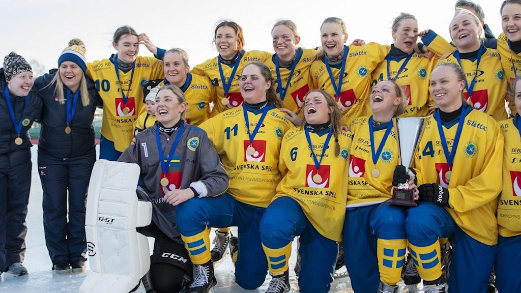 Sverige firar VM-guldet 2020.