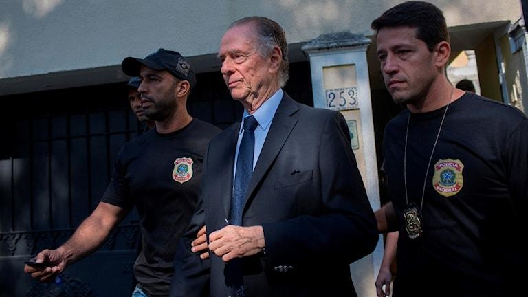 Carlos Nuzman lämnar posten som ordförande för Brasiliens olympiska kommitté.