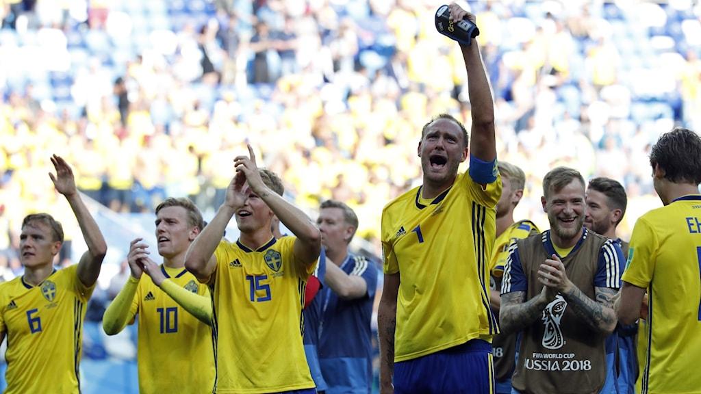 Andreas Granqvist efter premiärsegern över Sydkorea VM 2018. Foto: Pavel Golovkin/AP