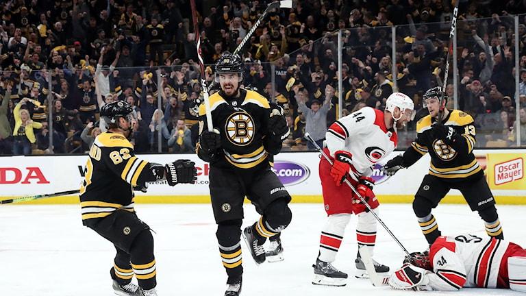 Marcus Johansson stod för två poäng för Boston.