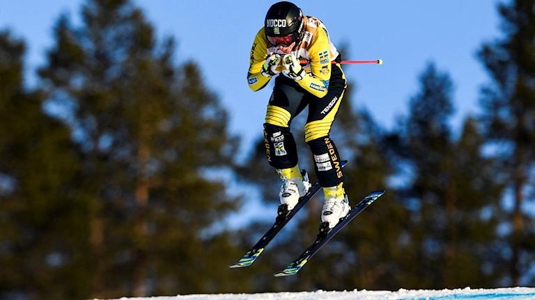 Sandra Näslund tog fjärde världscupsegern i skicross.