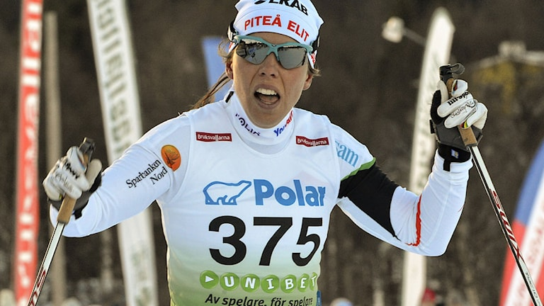 Bruksvallarna 121116 Längdpremiär damer 5 km klassisk Charlotte Kalla, i sin första stora tävling i Piteå Elits dress slutade med en andra placering. Foto: Nisse Schmidt SCANPIX.