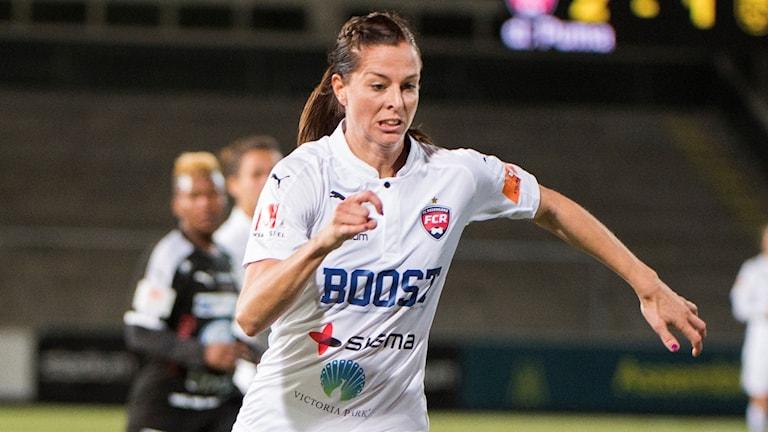 Lotta Schelin missar CL-åttondelen mot Slavia Prag.
